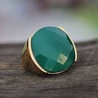 Gold plated agate cocktail ring, 'Hope' - Faceted Green Agate Gold Plated Ring
