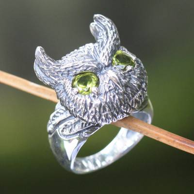 Peridot cocktail ring, Mysterious Owl