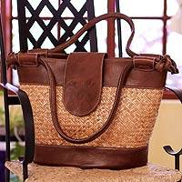 Palm and leather accent handbag, 'Hunab Ku' - Artisan Crafted Leather Accent and Palm Handbag