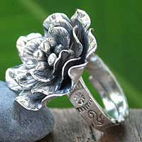 Silver cocktail ring, 'Forever Moss Rose' - Adjustable 950 Silver Moss Rose Cocktail Ring
