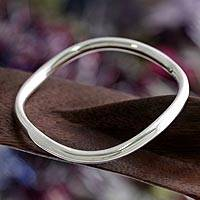 Sterling silver bangle bracelet, 'Sleek and Chic' - Polished Round Sterling Silver Bangle Bracelet