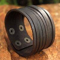 Leather wristband bracelet, 'Chocolate Spring' - Handmade Thai Brown Leather Wristband Bracelet