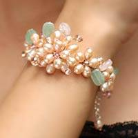 Pearl and rose quartz flower bracelet, 'Spring Garland' - Handcrafted Floral Pearl Bracelet from Thailand