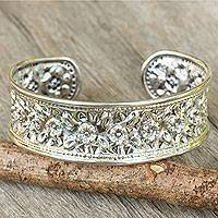 Sterling silver cuff bracelet, 'Exquisite Nature' - Floral Sterling Silver Cuff Bracelet from Thailand