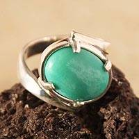 Chrysoprase cocktail ring, 'Soft Caress' - Chrysoprase cocktail ring