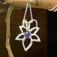 Amethyst pendant necklace, 'Starflower' - Amethyst pendant necklace