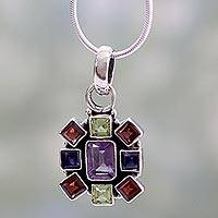 Amethyst and garnet pendant necklace,