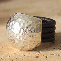 Leather ring, Armor Shell