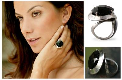Onyx solitaire ring