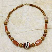 Agate and bone beaded necklace,