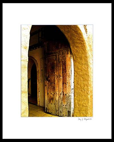 Color photograph, 'Open Door' - Signed Matted Color Photo of Mexican Doorway
