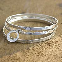 Sterling silver bangle bracelets, 'Totonicapan Wreaths' (set of 3)' - Sterling silver bangle bracelets (Set of 3)