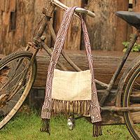 Hemp and cotton shoulder bag,  'Ivory Labyrinth' (Thailand)