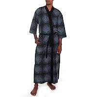 Men's cotton robe, 'Night Sea' - Hand Crafted Gray and Black Cotton Print Robe for Men