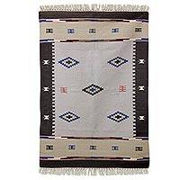 Wool dhurrie rug, 'Earthen Comfort' (4x6) - Indian Dhurrie Hand Woven Wool Accent Rug (4x6)