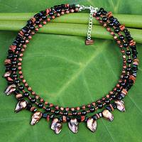 Cultured pearl and onyx beaded necklace,