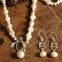 Cultured pearl jewelry set, 'Heart in the Clouds' - Cultured Pearl Strand Necklace and Earrings Set