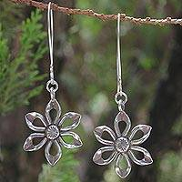 Sterling silver flower earrings, 'Chiang Rai Lily' - Sterling Silver Dangle Earrings