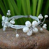 Pearl wrap bracelet, 'Butterfly Bloom' - Artisan Crafted Floral Pearl Bracelet