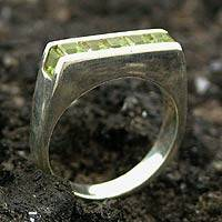 Peridot cocktail ring, 'Sparkling Green' - Peridot cocktail ring