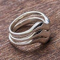 Sterling silver stacking rings, 'Wave Trio' (set of 3) - Hand Crafted Stackable Sterling Silver Bands (Set of 3)