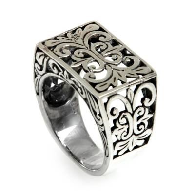 Sterling silver cocktail ring, 'Regal Garden' - Intricately Made Silver Ring with Wonderfully Regal Motifs