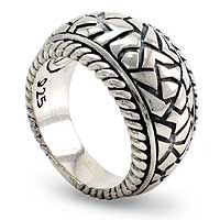 Men's sterling silver ring, 'Labyrinth' - Hand Crafted Men's Sterling Silver Ring