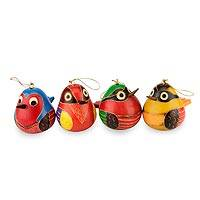 Mate gourd ornaments, 'Bright Songbirds' (set of 4) - Handmade Folk Art Gourd Bird Ornaments (Set of 4)