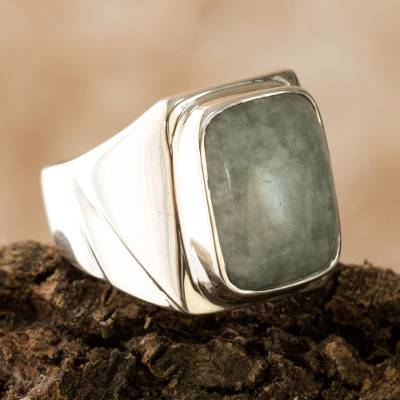 Men's jade ring, 'Jade Fortress' - Men's Modern Sterling Silver Jade Ring