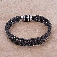 Men's braided leather bracelet, 'Brown Thorn' - Men's Fair Trade Leather Braided Bracelet