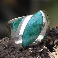 Chrysocolla dome ring, 'Diagonal' - Chrysocolla dome ring