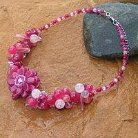 Rose quartz choker, 'Sweet Spirit' - Hand Crafted Floral Rose Quartz Choker Necklace