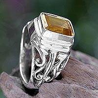 Citrine cocktail ring, 'Savannah Evening' - 4 Carat Citrine Ring from Bali