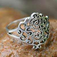 Sterling silver cocktail ring, 'Lace in Love' - Sterling Silver Band Ring