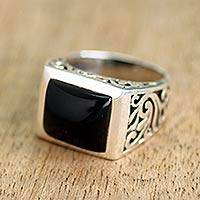 Onyx single stone ring, 'Disguise' - Sterling Silver Black Onyx Ring with Nature Motif
