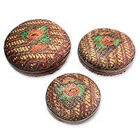 Bamboo baskets, 'Colors of Joy' (set of 3) - Bamboo baskets (Set of 3)