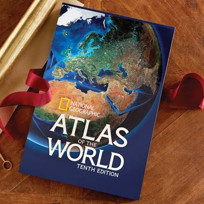 'Atlas of the World -10th Edition' (hardcover) - National Geographic Tenth Edition Atlas With Slipcase