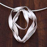 Sterling silver choker, 'Ribbon Tribute' - Fair Trade Sterling Silver Pendant Necklace
