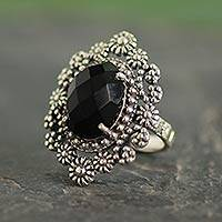 Onyx cocktail ring, 'Black Daisy Halo' - Black Onyx Floral Cocktail Ring in Sterling Silver