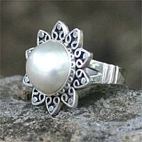 Pearl flower ring, 'Moonlight Romance' - Pearl flower ring