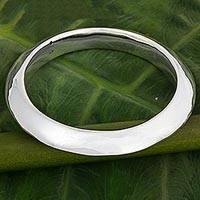 Sterling silver bangle bracelet, 'Shining Glamour' - Sterling Silver Circular Bangle Bracelet from Thailand