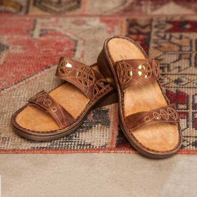 Leather travel sandal, 'Explorer Walkabout' - Women's Brown Leather Explorer Walkabout Sandal