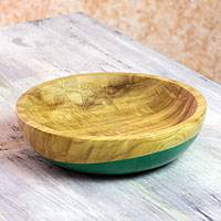 Wood bowl, 'Spicy Green' (medium) - Dip Painted Hand Carved Wood Bowl (Medium)