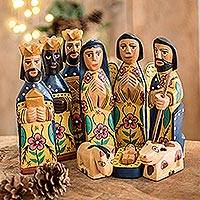 Wood nativity scene Worship set of 10 Guatemala