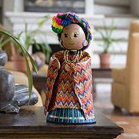 Pinewood and cotton display doll, 'Chichicastenango, Quiché' - Pinewood and cotton display doll