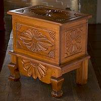 Wood trunk, 'Nahuala Bouquet' (medium) - Wood trunk (Medium)