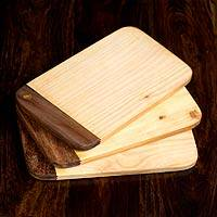 Cypress wood chopping boards, 'Swivels' (set of 3) - Cypress wood chopping boards (Set of 3)