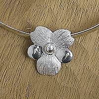 Sterling silver flower choker,