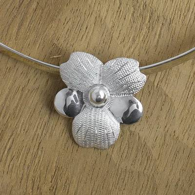 Sterling silver flower choker, 'Solola Bouquet' - Sterling silver flower choker