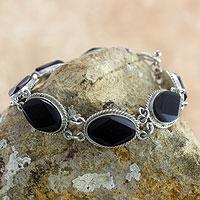 Black jade link bracelet,
